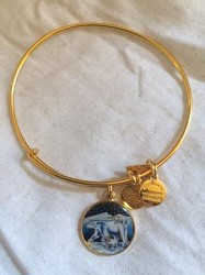 POLAR BEAR CHARM BRACELET Gold